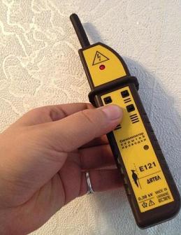 Сигнализатор скрытой проводки Е-121 (дятел)
